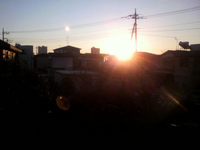 陽が延びてきました