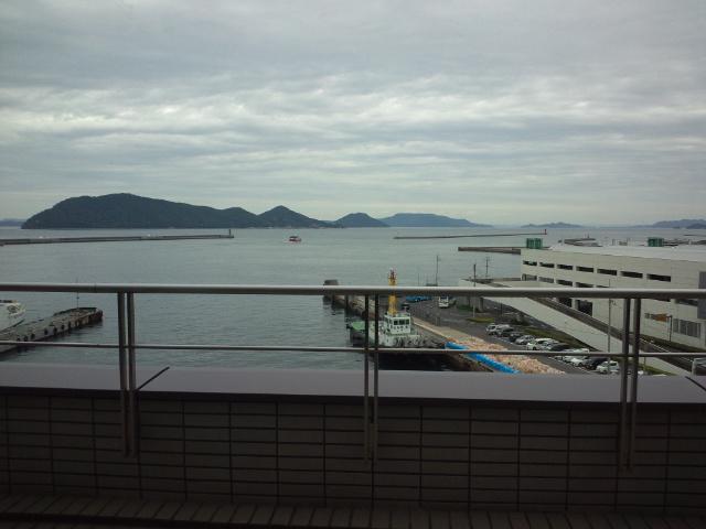 大阪から香川へ